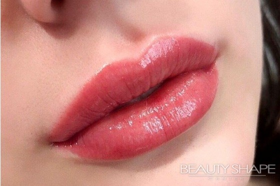 permanent aquarelle lips
