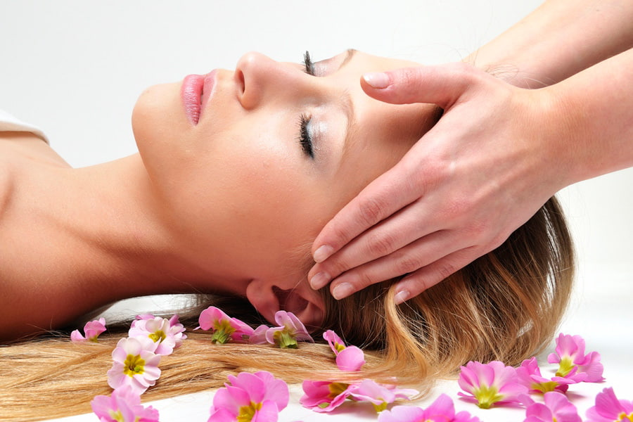 facial cosmetics treatment in prague